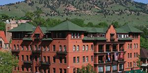Boulderado-Hotel_300.png